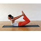 Sports & Fitness, Yoga, Dhanurasana