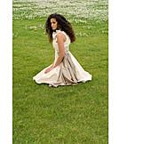 Junge Frau, 18-30 Jahre, Elegante Kleidung