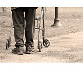 Soziales, Gehbehindert, Gebrechlich