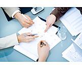 Büro & Office, Teamarbeit, Besprechung & Unterhaltung