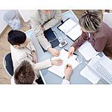 Teamarbeit, Besprechung & Unterhaltung, Meeting, Arbeitskollegen, Arbeitsgruppe
