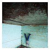 Swimming pool, Headfirst, Humor & bizarre