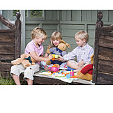 Boy, Girl, Friendship, Fun & Games, Toy, Preschool