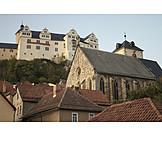 Castle ranis