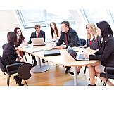 Business, Büro & Office, Teamarbeit, Besprechung & Unterhaltung, Meeting, Team, Arbeitskollege