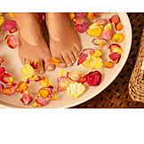 Foot, Foot bath, Pedicure
