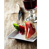 Red wine glass, Ham sandwich