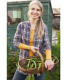 Gardener, Vegetable harvest