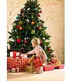 Toddler, Christmas, Christmas tree