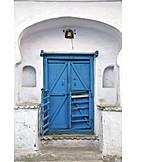 Entrance, Wooden door