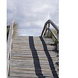 Wooden track, Beach access