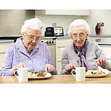 Essen, Altersvorsorge, Wohngemeinschaft, Senioren-wg