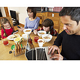 Soziales, Vernachlässigung, Familienleben