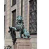 Lion, Lion sculpture