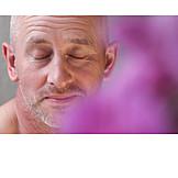Wellness & Relax, Meditating, Aromatherapy