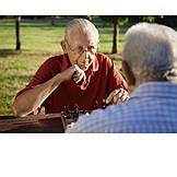 Senior, Aktiver Senior, Schach, Schachspiel, Spielbrett