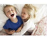 Kind, Spaß & Vergnügen, Geschwister, Kitzeln