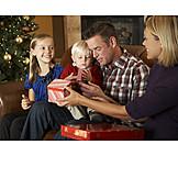 Christmas, Christmas eve, Family life