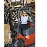 Arbeit & Beruf, Logistik, Gabelstapler, Lagerist
