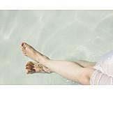 Enjoyment & Relaxation, Refreshment, Barefoot