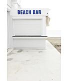 Low season, Beach bar