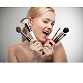 Beauty & Cosmetics, Young Woman, Woman, Cosmetic Brushes