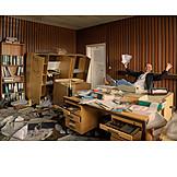 Büro & Office, Chaos, Bankrott, Insolvenz