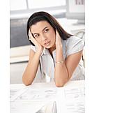 Junge Frau, Arbeit & Beruf, Erschöpft, Stress & Belastung