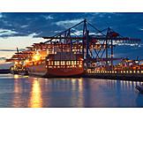 Logistik, Containerschiff, Burchardkai