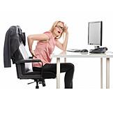 Junge Frau, Büro & Office, Schreibtisch, Rückenschmerzen