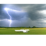 Danger & risk, Lightning, Glider