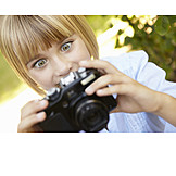 Mädchen, Begeistert, Fotoapparat, Fotografieren