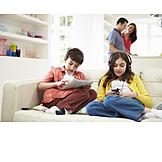 Kind, Freizeit & Entertainment, Familie, Multimedia