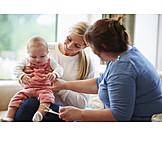Kleinkind, Mutter, Beratungsgespräch