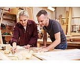 Ausbildung, Holzverarbeitung, Tischlerei