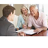 Unterschreiben, Berater, Vertragsunterzeichung, Seniorenpaar