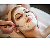 Frau, Schönheitspflege, Kosmetikerin