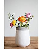 Flower vase, Buttercup