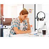 Arbeit & Beruf, Büro & Office, Kopfschmerzen, überarbeitet, Stress & Belastung