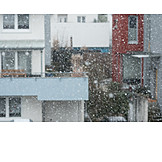 Snowing, Weather
