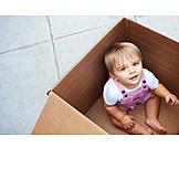 Baby, Kleinkind, Spielen, Karton