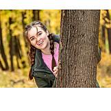 Teenager, Herbstwald, Fröhlich
