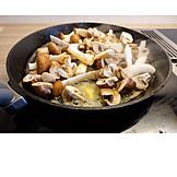Fungi, Pan, Mushroom pan