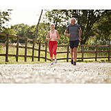 Aktiver Senior, Fit, Bewegung, Sportlich