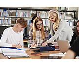 Bildung, Bibliothek, Wissen, Studium, Nachhilfe, Tutorin