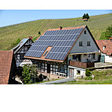 Alternativenergie, Solarhaus, Solardach