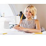 Handwerk, Nähmaschine, Modedesignerin