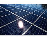 Erneuerbare Energie, Sonnenenergie, Photovoltaikanlage