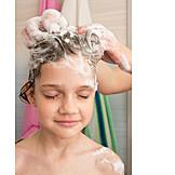 Mädchen, Kopfmassage, Haare Waschen