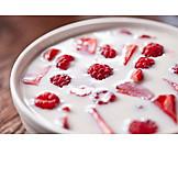 Fruits, Yogurt